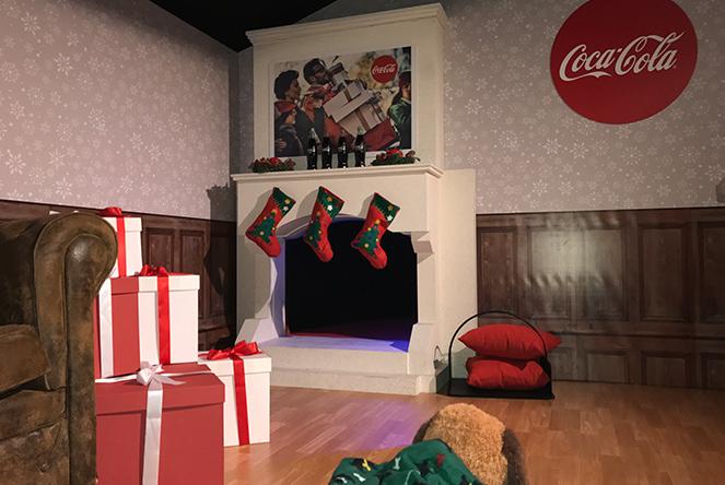 Casa Papa Noel de coca cola en Navidad Madrid
